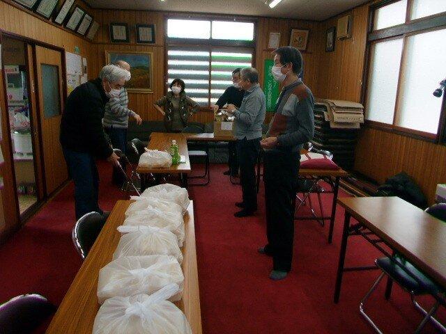 災害時要支援者支援会議・緊急時炊き出し五目御飯製造練習